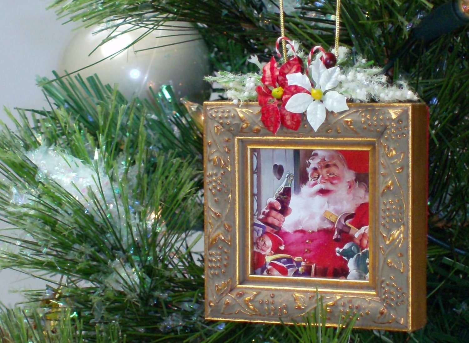 Christmas Tree Ornaments Picture Frames : Christmas tree picture frame ornament u by