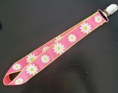 Pacifier/Binkie Clip- Pink with White Daisy RESERVED