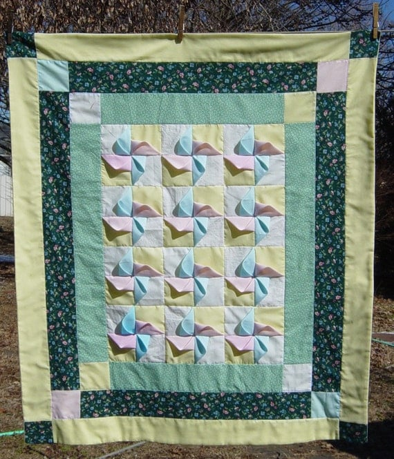 3D Quilt Pinwheel Quilt Green Baby Quilt Pink Blue Baby Quilt Cotton Fabric Yellow Flannel Back Patchwork Quilt Free Ship Handmade YacketUSA