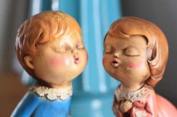 Vintage Little Loves Figurines Book Ends Pink Blue Display Ceramic