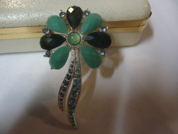 SALE 50% OFF Vintage Brooch Tiffany Blue and Green  Blue Rhinestones FLower Brooch Glass Silvertone