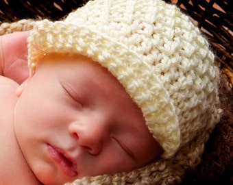 Cream Loops Newsboy Hat Crochet Pattern (484)