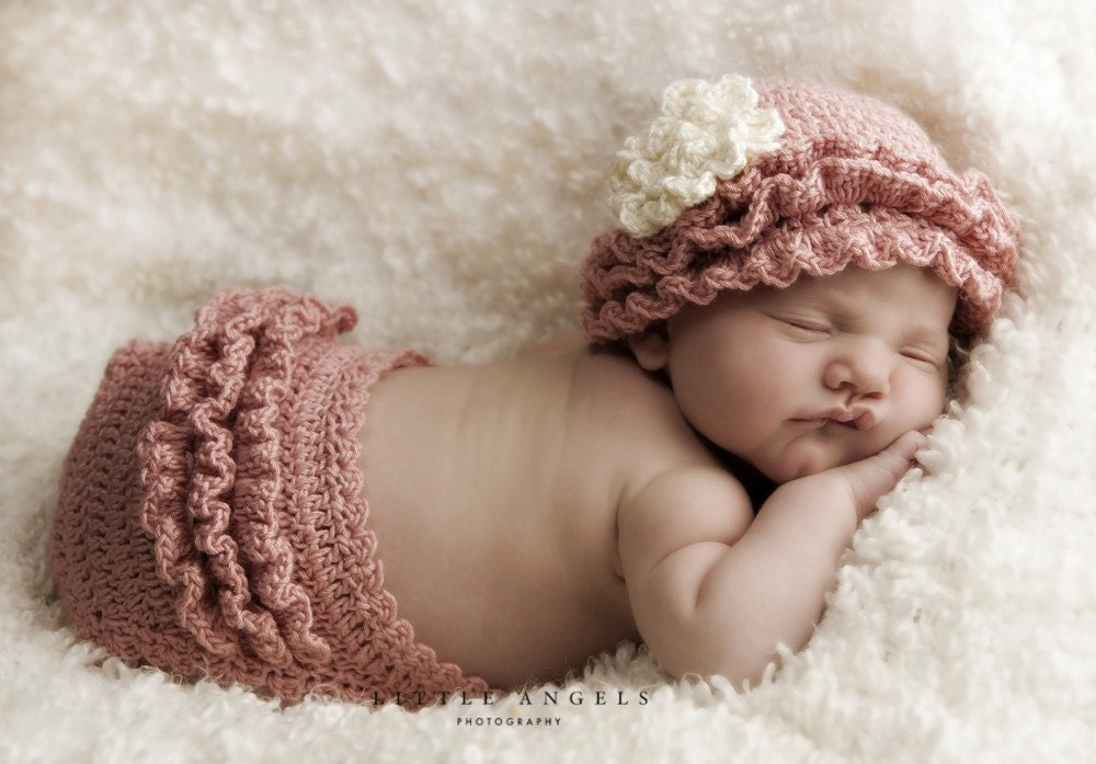 Crochet Stitches Ruffle : Layers of Ruffles Crochet Hat and Diaper Cover by SunsetCrochet