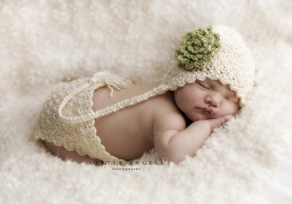 Crochet Patterns For Baby Hats And Diaper Covers : Soft Shells Crochet Hat and Diaper Cover Pattern includes