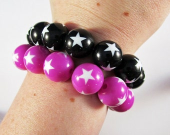 Kitschy Lucite Star Bead Stretchy Bracelet - Black or Bright Purple, YOU CHOOSE