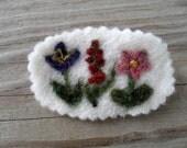 Needle Felted Brooch wildflowers