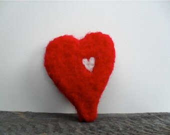 Cat toy catnip Heart, needle felted