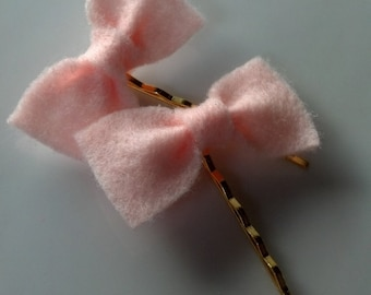 Light Pink Bows w/ Bobby Pins