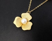 Magnolia Necklace - Freshwater Pearl, Gold Necklace, Wedding, Bride, Bridesmaids Gift, Bridal, GOLD FILLED CHAIN