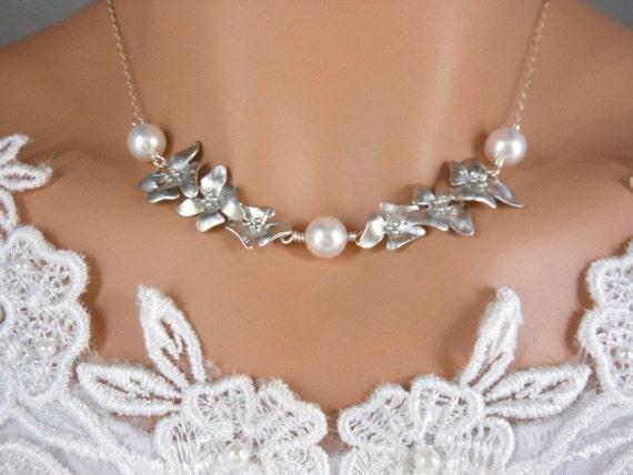 Wedding Jewelry, Plumeria Necklace, Bridal Jewelry, Pearl Necklace, Bridesmaid Gift Idea, Plumeria Jewelry