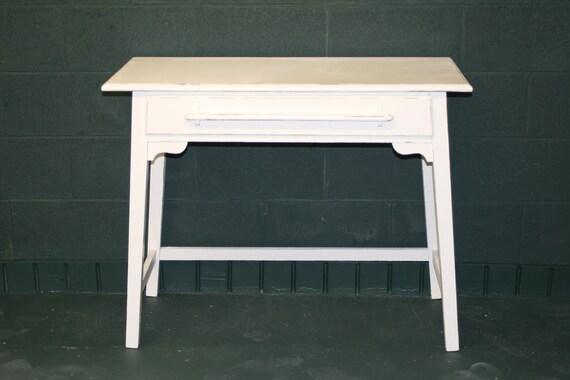 Vintage Veranda Ivory Desk