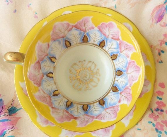 Porcelain Occupied Japan Teacup-Feathers