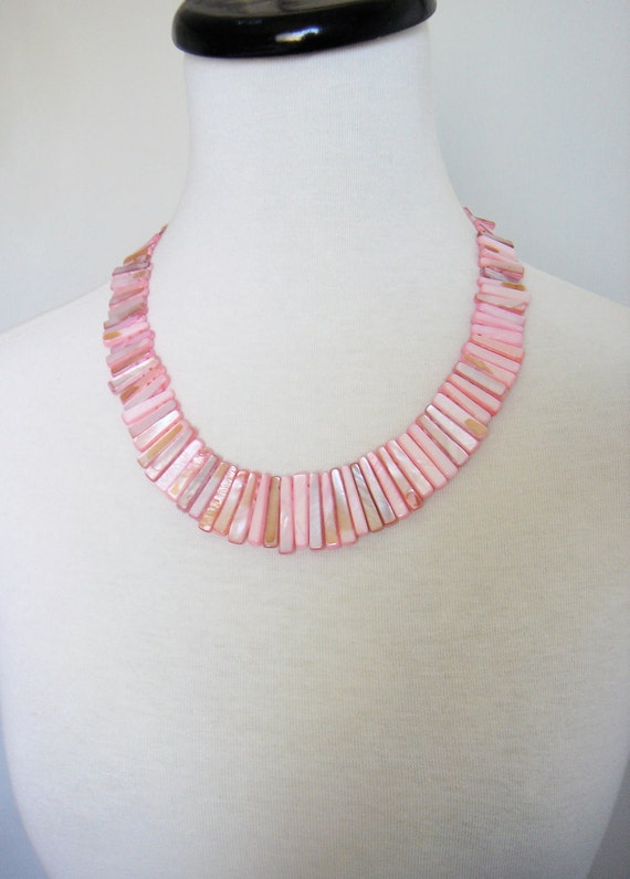 Vintage 1950's Pink Bib Shell Necklace