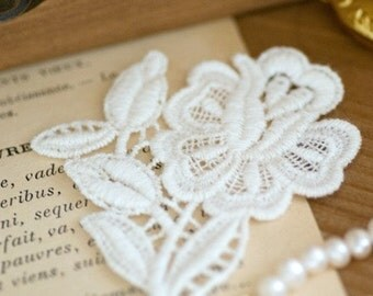 Beautiful Venice Lace Floral Cotton Embroidery Lace Appliques 2pcs--High quality