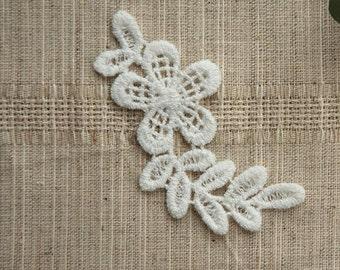 Lace Appliques White Cotton Embroidery Leaves With Flower Lace Appliques 4pcs