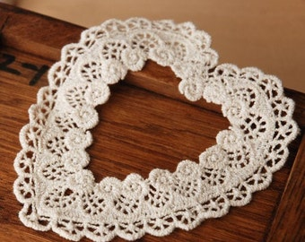 Beige Lace Appliques Cotton Embroidery Heart 2pcs
