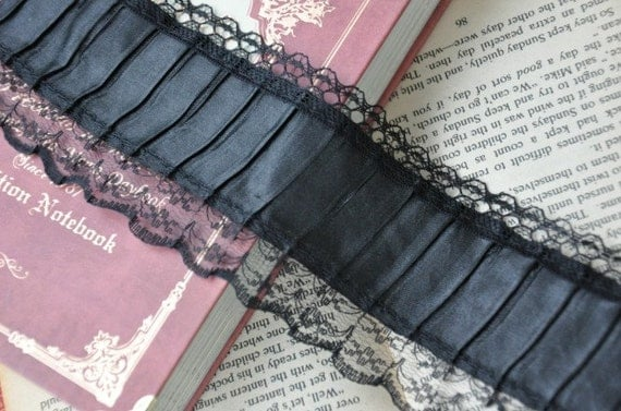 Black Fold Lace Trims 2 1/2 Inches Wide 2 yards