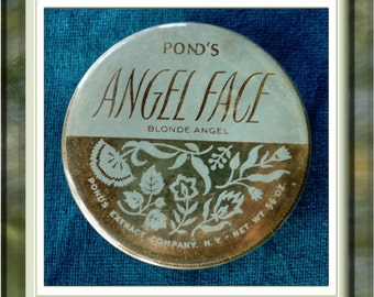 Reduced ... Vintage Poinds Angel Face Powder Compact