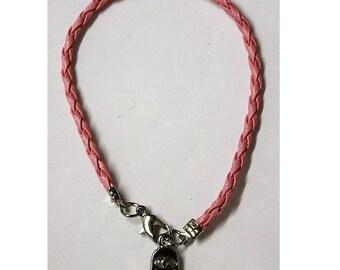 Pink String bangle bracelet has a lucky hamsa kabbalah protection from the Evil Eye