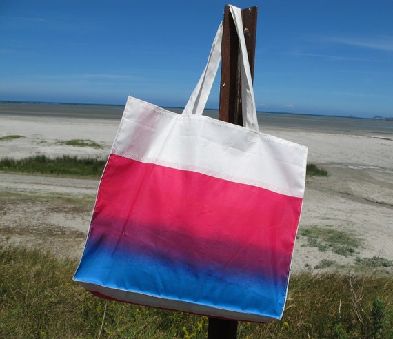 Recycled french sail bag