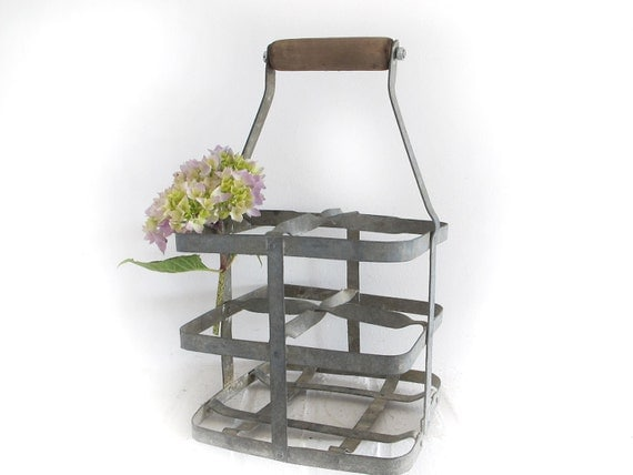 Circa 1930 French vintage metal bottle carrier