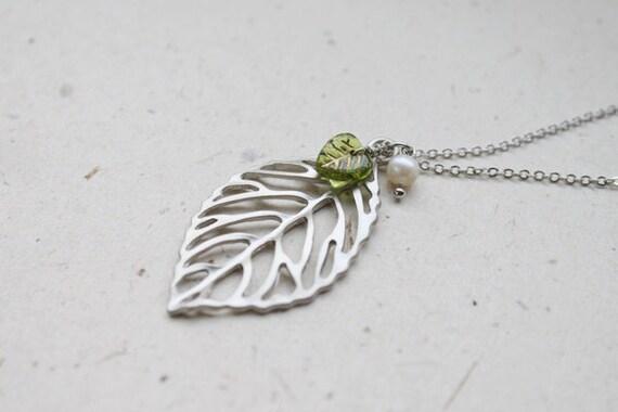 Modern skeleton Leaf and Glass Necklace - S2128-1