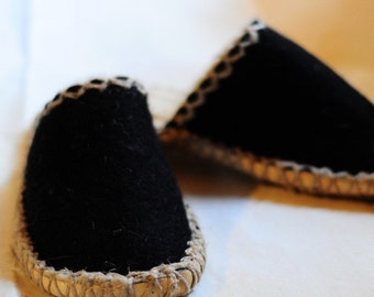 hand made, black felt slippers, eco friendly, natural