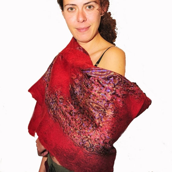 cosy and chic red felt shawl