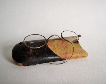 Wire Rim Vintage Glasses with Case