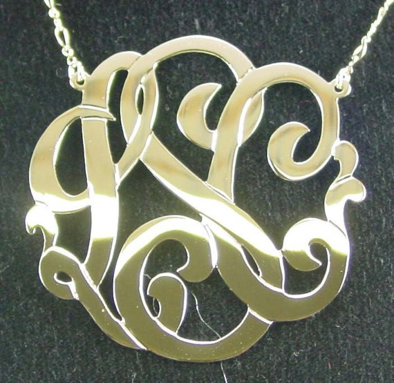 10k solid gold  2'' size  with a  gold filled  chain. MON10Kgf