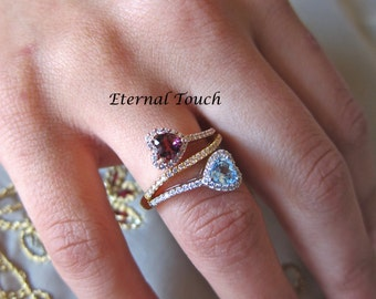 Pink toumaline&blue topaz and diamonds ring
