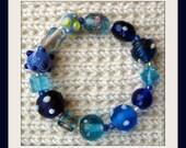Bumpy Blues Glass Bead Bracelet
