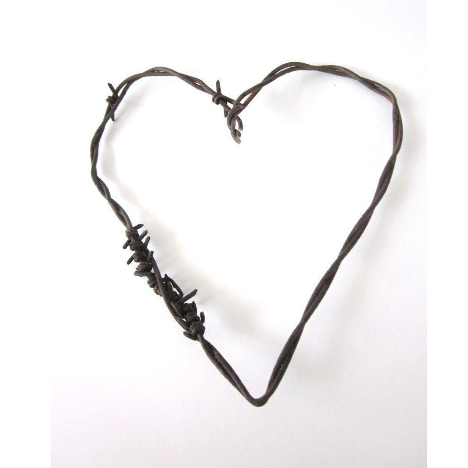 Rustic Wedding Favors Rusty Barbed Wire Heart / by ...