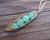 "4 Peas In A Pod Pendant in Gold with Glowing Chrysoprase ""Peas"""