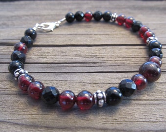 Mens Garnet & Black Onyx Bracelet in Silver with Bali Style Beads