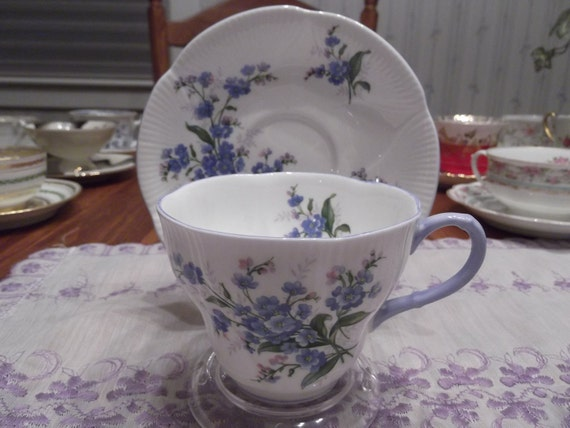Floral Royal Albert cup and saucer - circa 1945 - present  -816