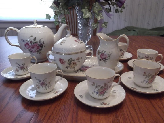 Royal Copenhagen Tea Set in the Frijsenborg pattern- circa 1950-1960's- FREE US Shipping
