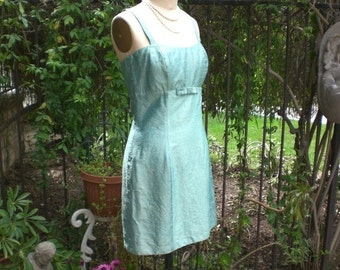 Ready to Ship Short Sea Foam Iridescent Silk Shantung Party Dress Size 6