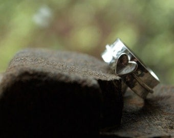 Follow Your Heart - sterling silver SPIN ring - BEST SELLER