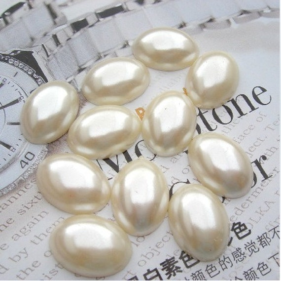 50pcs  13x18mm  Acrylic Crystal  Faceted Germ White Pearl Cabochon