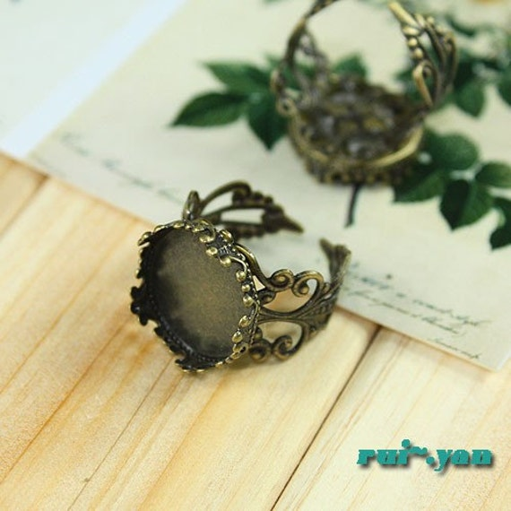 10PCS  Antiqued Bronze Color Metal Adjustable Ring Base  with 15mm Pad Cameo Setting 0962A