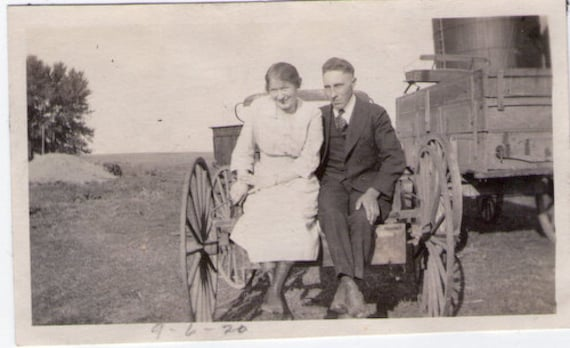 "Vintage Photo ""Wagon Date"", Photography, Paper Ephemera, Snapshot, Old Photo, Collectibles"