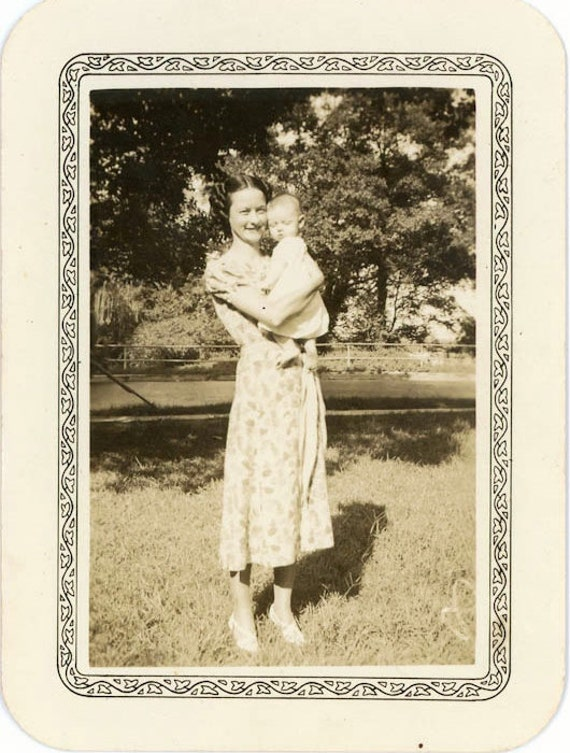 """Vintage Photo """"Mother and New Baby"""", Photography, Paper Ephemera, Snapshot, Old Photo, Collectibles - FL006"""