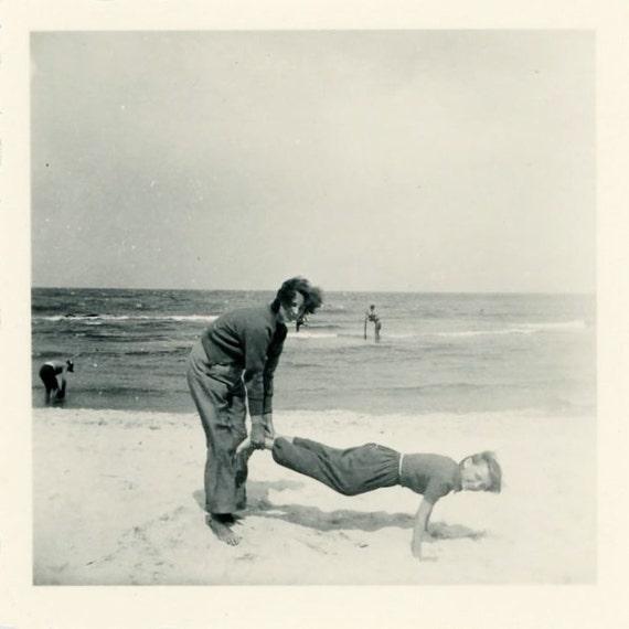 "Vintage Photo ""Human Wheelbarrow"", Photography, Paper Ephemera, Snapshot, Old Photo, Collectibles - LBS006"