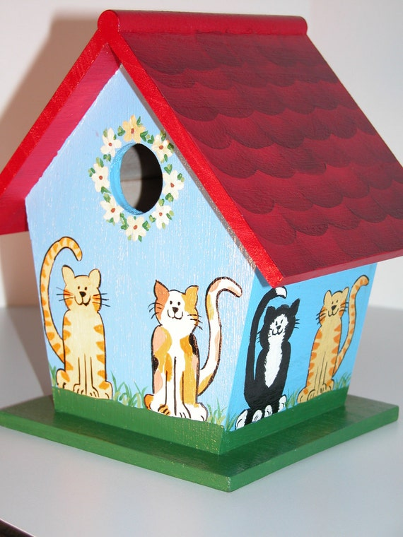 hand painted wooden kitty bird house by poiriers on etsy. Black Bedroom Furniture Sets. Home Design Ideas