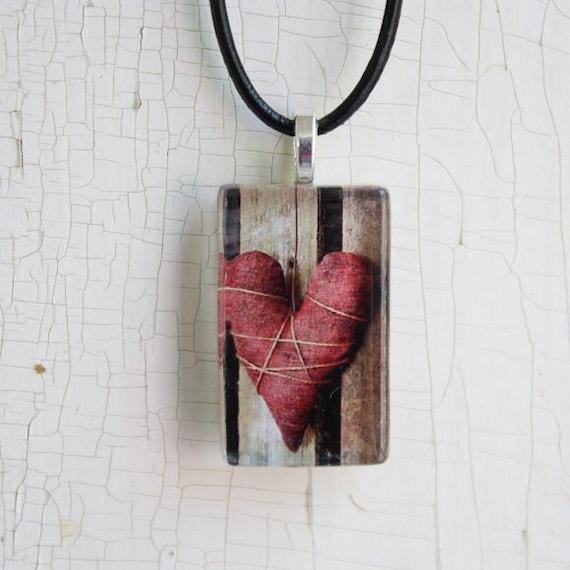 Primitive Folk Art Heart Photo Glass Tile Pendant Jewelry