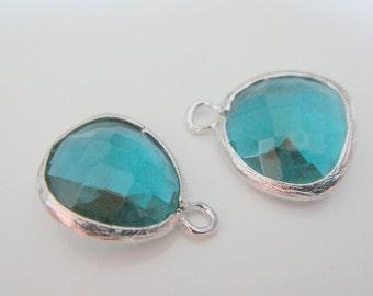 Jewelry Supplies Matte Rhodium silver Plated Glass Stone Pendant  Emerald Green Fancy Cut, 12.5 mm, 2 pc