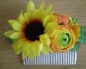 Summertime sunflower slide comb