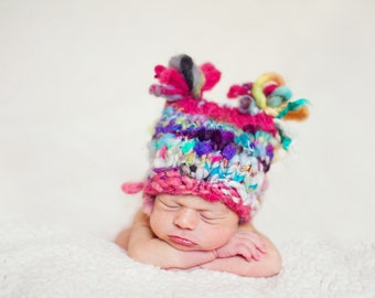 PeTalSPuN Baby Hat Loopy PATTERN, in Handspun Art Yarn, for Newborn Hat, Photo Props
