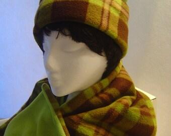 Reversible Fleece Hat & Scarf - Lime Green